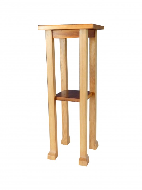 Pronghorn fawn plant stand
